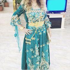 Kurdish Dress - the Color is beautiful❤