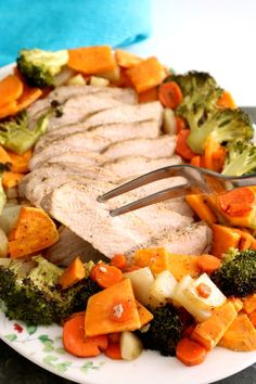 Tender and juicy marinated pork roasts in the oven with seasonal vegetables for a comforting, nutritious, and easy dinner! This Roasted Pork Tenderloin comes together with only 10 minutes of preparation! Pork Tenderloin Recipes, Pork Recipes, Pork Loin, Oven Recipes, Bread Recipes, Easy Recipes, Roasted Vegetable Recipes, Roasted Vegetables, Pork Roast In Oven