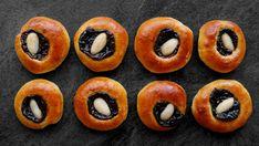 Posvícenské koláčky Doughnut, Catering, Sushi, Baking, Fruit, Eat, Ethnic Recipes, Desserts, Food