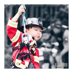 Fireman Daehan - Return of Superman Cute Kids, Cute Babies, Superman Kids, Korean Friends, Song Triplets, Miss You Guys, Korean Babies, Handsome Actors, Korean Celebrities