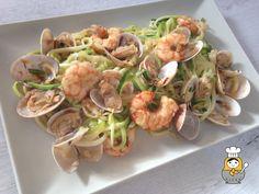 Espaguetis de calabacín con almejas y langostinos - Vuelta y Vuelta