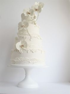 White orchid cake | Maggie Austin #wedding cakes #orchids #bridal cakes