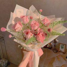 My Flower, Beautiful Flowers, Images Esthétiques, Flower Aesthetic, Aesthetic Art, Pretty Pictures, Holi, Planting Flowers, Floral Arrangements