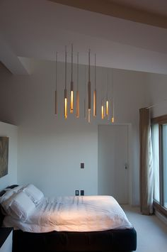 Lighting by PSLab for YAFAWI interior design on private residence, Forte Dei Marmi. Luxury Lighting, Interior Lighting, Lighting Design, Beautiful Interior Design, Decor Interior Design, Cool Chandeliers, Creative Lamps, Home Bedroom, Bedrooms