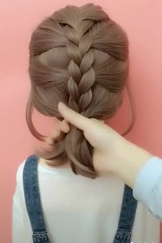 hair videos gray hairstyles over 50 hairstyles elegant hairstyles round chubby faces new hairstyles hairstyles with braids hairstyles with saree hairstyles tutorial Easy Hairstyles For Long Hair, Up Hairstyles, Hairstyle Ideas, Halloween Hairstyles, Hairstyle Short, Waitress Hairstyles, School Hairstyles, Natural Hairstyles, Scrunchy Hairstyles