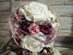 romantischer Brautstrauß,rosa-weiße Rosen,Zepter von ...die mit den Blumen tanzt... auf DaWanda.com
