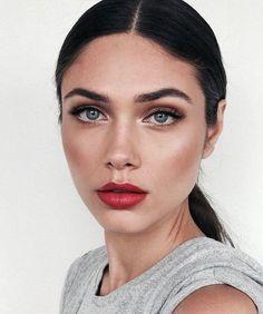 Trendy makeup formal classy make up Ideas Red Lip Makeup, Eye Makeup, Makeup Geek, Black Hair Makeup, Makeup Box, Makeup Brush, Beauty Make-up, Hair Beauty, Beauty Tips