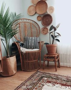 Boho Living Room Discover Carin Armchair Intricately woven detail graces this rattan grand chair. Pair this flared back boho style woven chair with any home décor and turn a forgotten corner into a showcase. Earthy Home Decor, Diy Home Decor, Hippie Home Decor, Styles Of Home Decor, Hippie Apartment Decor, Nature Home Decor, Vintage Home Decor, Boho Dekor, Boho Living Room