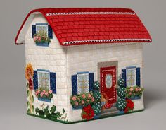 Amy Bunger Melissa Shirley Home Study - Summer House; Tissue Box Covers, Tissue Boxes, Sewing Projects, Projects To Try, Felt House, Arts And Crafts, Diy Crafts, Fabric Houses, Needlepoint Canvases