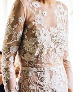 After years of planning, when the big day finally dawns...they say it all goes by like a blur (Especially when you have your favourite first dance Blur lyrics embroidered around your waist) #HdeP #HermionedePaula #bridal #weddingdress #embroidery #floral #couture #bespoke #bridalfashion #bride #bridalembroidery #weddinginspiration