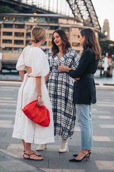 Street style inspiration from Mercedes-Benz Fashion Week Australia 2019 - Vogue Australia Street Style Fashion Week, Sydney Fashion Week, Looks Street Style, Street Style Women, Paris Street Style Summer, Australian Fashion, Fashion Gallery, Fashion Outfits, Fashion Tips
