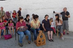 Itinerant meeting of knitters and spinners.