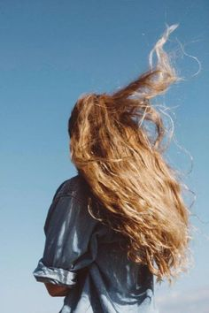 Hair Ideas For The Ladies.Tips regarding fantastic looking hair. Your hair is usually exactly what can easily define you as a man or woman. To most people today it is vital to have a great hair style. Hair Inspo, Hair Inspiration, Foto Fashion, Looks Cool, Pretty Hairstyles, Style Hairstyle, Hairstyle Hacks, Hair Day, Hair Goals