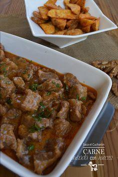 Carne guisada con nueces