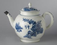 Date: c. 1775 Medium: Soft-paste porcelain with transfer-printed decoration Dimensions: 7 11/16 x 10 1/4 inches (19.5 x 26 cm)