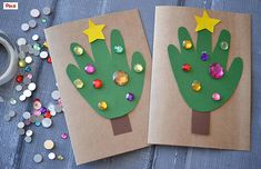 Handprint Christmas Tree Cards - Kid Craft - Glued To My Crafts Holiday Crafts For Kids, Easy Christmas Crafts, Crafts To Do, Handmade Christmas, Holiday Gifts, Holiday Cards, Diy Thanksgiving Crafts, Thanksgiving Centerpieces, Thanksgiving Wreaths