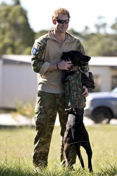 Prince Harry Photos - Prince Harry Trains With Special Air Service Regiment in Australia - Zimbio