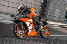 Lignes aérodynamiques, partie-cycle robuste, motorisation performante...
