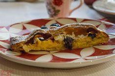 7gramas de ternura: Tarte Coberta de Maçã, Mirtilos e Amêndoa Sim, French Toast, Breakfast, Desserts, Apple Cobbler, Tailgate Desserts, Cakes, Yummy Recipes, Sweet Recipes