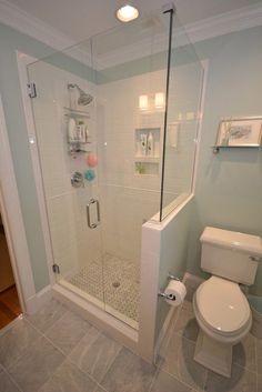 75 Beautiful Small Bathroom Shower Remodel Ideas - Page 44 of 76 Small Bathroom With Shower, Small Showers, Steam Showers Bathroom, Tiny House Bathroom, Modern Bathroom, Bathroom Ideas, Shower Ideas, Bathroom Remodeling, Simple Bathroom