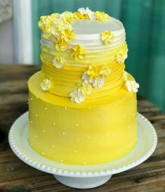 wish for directions in finding the elegant style? Then pop to this charming image reference 3033453766 right now. Pretty Cakes, Cute Cakes, Beautiful Cakes, Amazing Cakes, Yellow Birthday Cakes, 16 Birthday Cake, Wedding Cakes With Cupcakes, Yellow Wedding Cakes, Yellow Cakes