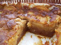 Portuguese Apple & Caramel Cake Recipe - Portuguese Recipes - Food Recipes from Portugal Apple Desserts, Apple Recipes, Just Desserts, Sweet Recipes, Cake Recipes, Dessert Recipes, Apple Cakes, Portuguese Desserts, Portuguese Recipes