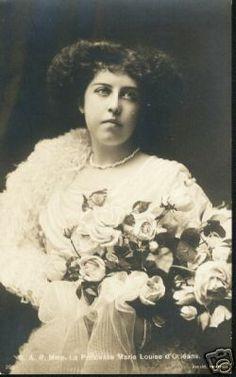 Princess Marie-Louise d'Orléans (1896-1973) daughter of Prince Emmanuel, Duke of Vendôme and Princess Henriette of Belgium, married Prince Philippe de Bourbon, Prince des Deux-Siciles (1885-1949) in 1916.
