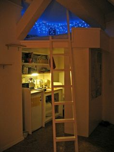 This is so cute. Great space planning. Tumblr