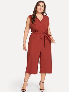 Shop Plus Sleeveless Solid Jumpsuit online. SHEIN offers Plus Sleeveless Solid Jumpsuit & more to fit your fashionable needs. Plus Size Jumpsuit, Plus Size Shorts, Plus Size Dresses, Plus Size Outfits, Trendy Outfits, Trendy Clothing, Looks Plus Size, Jumpsuit Outfit, Plus Size Women