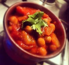 Jardaloo Ma Murghi (Curry With Apricots)  Budget friendly recipe from Jack Monroe's blog A Girl Called Jack