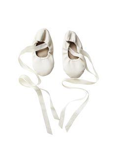 En Pointe Ballet Flats - Milk
