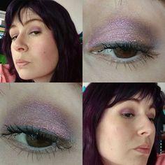Mein gestriges AMU ließ sich leider nicht so gut einfangen 😥 Es hat soooo toll geschimmert... Graue Base mit nem #kiko #longlastingstick und innen #makeupgeek #maitai und aussen #urbandecay #fireball Lidfalte weiß ich nicht mehr 🙈 #kikomilano #kikocosmetics #eyesoftheday #eotd #eyes #eyemakeup #amu #augenmakeup #eyelook #makeupoftheday #face #faceoftheday #fotd #selfie #selfies #me #itsme