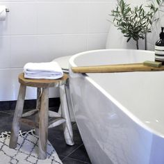 Via #eklektisk_minimalisme on instagram #interior #instadaily #instalike #interiores #interiorwife #interior_mars #interiordesign #bad #bathroom #bademiljø #aesop #bobedre #boligmagasinet #rom123 #industriell_interior #industriell_interiör #design