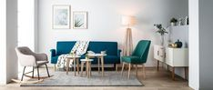 Le salon bleu canard en décoration Style Deco, Home Staging, Decoration, Dining Table, Furniture, Home Decor, Light Wood Flooring, Blue Shed Furniture, White Couches