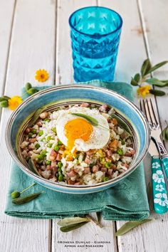 Apron and Sneakers -Breakfast Fried Rice with Bacon, Ham and Eggs
