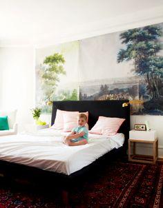 Photo enlargement of Zuber wallpaper, Home of Abbey Nova.