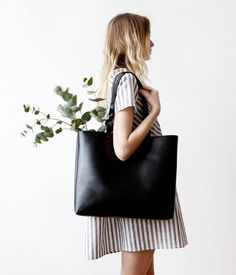 Large Black Leather Tote bag No. Ltb-1507 by CORIUMI on Etsy Leather Tote d169e8c2d06d8