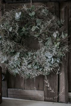 www.artdelafleir7.nl  art de la fleur , Angelique Temmink , wreath , home , rustic , decoration , sober , Goedereede , Facebook , instagram.