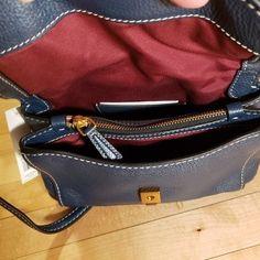 b9b536a2d24d Marc Jacobs Handbags - New Authentic Marc Jacobs leather purse.   marcjacobshandbags
