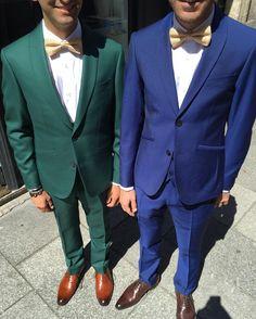 8bf50e58e899d Vert ou bleu, tout va bien avec un accessoire moutarde !  costumes   surmesure  blandindelloye  men  wedding  weddingstyle  inspiration  blue   green  style