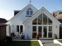 How many roof styles can you name? We cover 10 of our favourite styles and what you need to know about them. Bungalow Exterior, Bungalow Renovation, Bungalow Ideas, Bungalow Extensions, House Extensions, Bungalow Conversion, Gable Window, House Extension Design, Extension Ideas