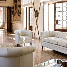 Canapé Chesterfield blanc