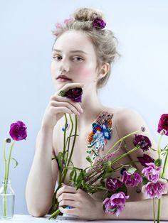 Harper's Bazaar Vietnam, Manicurist Angel Williams