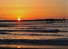 Daily photo on the Blog: Sunset in Ocean Beach, San Diego, California http://www.ytravelblog.com/san-diego-sunset/