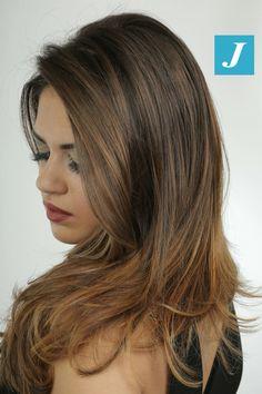 Le sfumature sono una cosa estremamente seria. #cdj #degradejoelle #tagliopuntearia #degradé #igers #musthave #hair #hairstyle #haircolour #longhair #oodt #hairfashion #madeinitaly