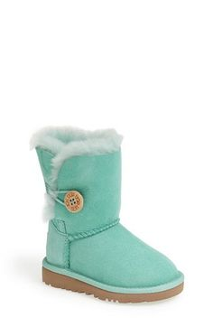 Low Top, Light Gray UGGS with a Pink Cancer accent ribbon | Ugg boots | Pinterest | Grey uggs, Uggs and Gray