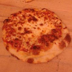 Cheese and garlic pizza Garlic Pizza, Cheese, Baking, Food, Bakken, Essen, Meals, Backen, Yemek