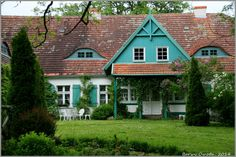 Red Roof, Country Farmhouse, House Painting, Poland, Barn, Exterior, Manor Houses, Monuments, House Styles