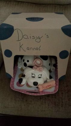 this is the finished product of the puppy cake i made including kennel, to see just the puppy go to my pins Puppy Cake, Cake Creations, Lunch Box, Puppies, Cubs, Bento Box, Pup, Newborn Puppies, Puppys