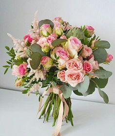 Букет ніжних рожевих троянд у поєднанні з евкаліптом... www.deliveryflower.com.ua #roses #flowers #квітильвів #доставкаквітів #купитиквіти #букет